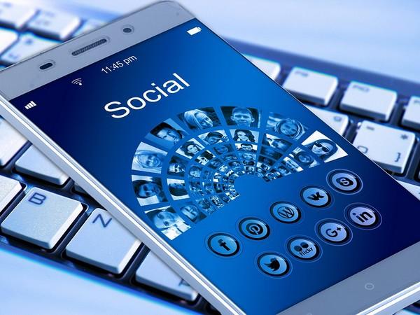 Bezoekers van Facebook naar uw website (en andersom)