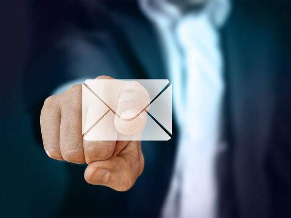 Het ene email adres is het andere niet. Maak de juiste keuze!